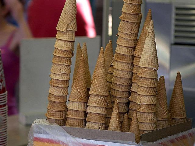 cones-386789_640
